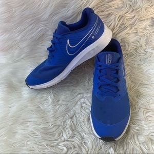 Nike Star Runner 2 Wmns 8.5 /Youth Size 7 Athletic